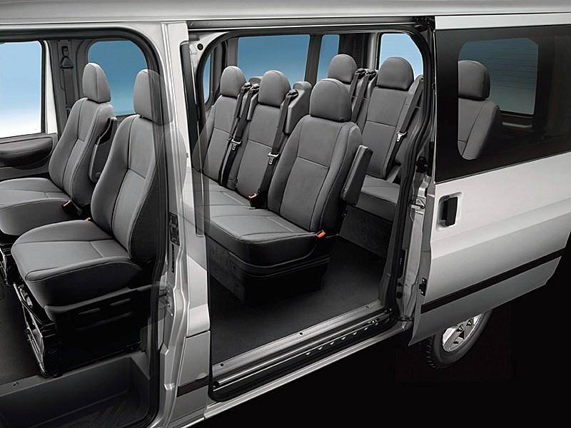 Ford Tranzit 2006 посадочные места микроавтобуса с короткой базой