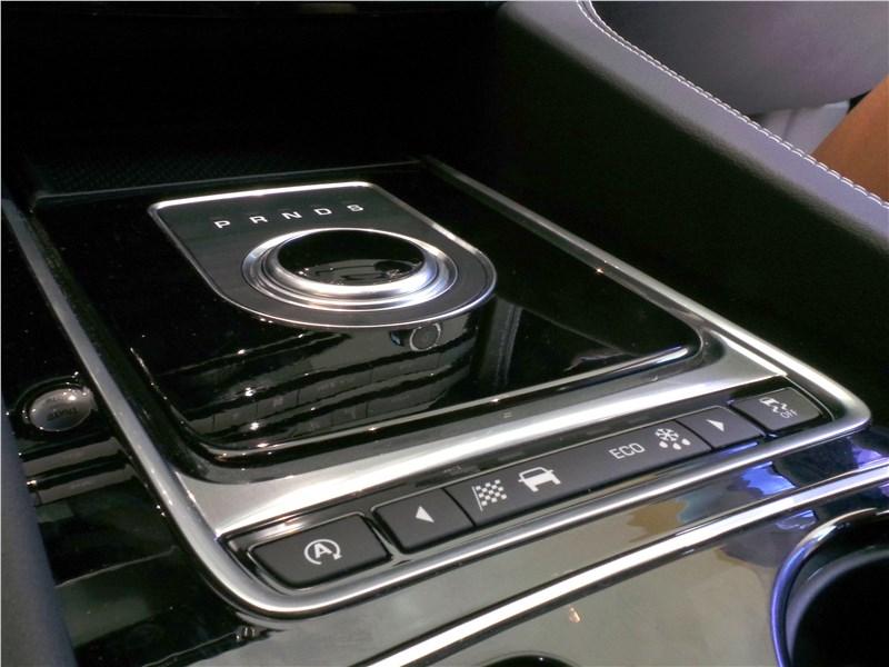 Jaguar F-Pace 2016 селектор АКПП