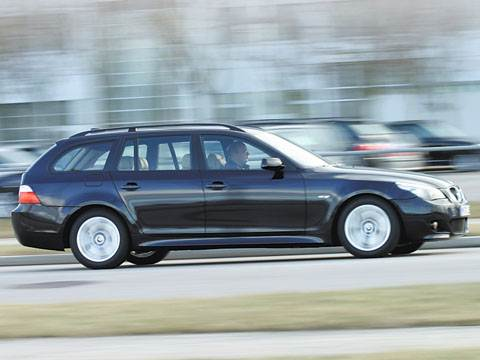 """""""Пятерка"""" BMW: три весомых новшества (535d Touring)"""