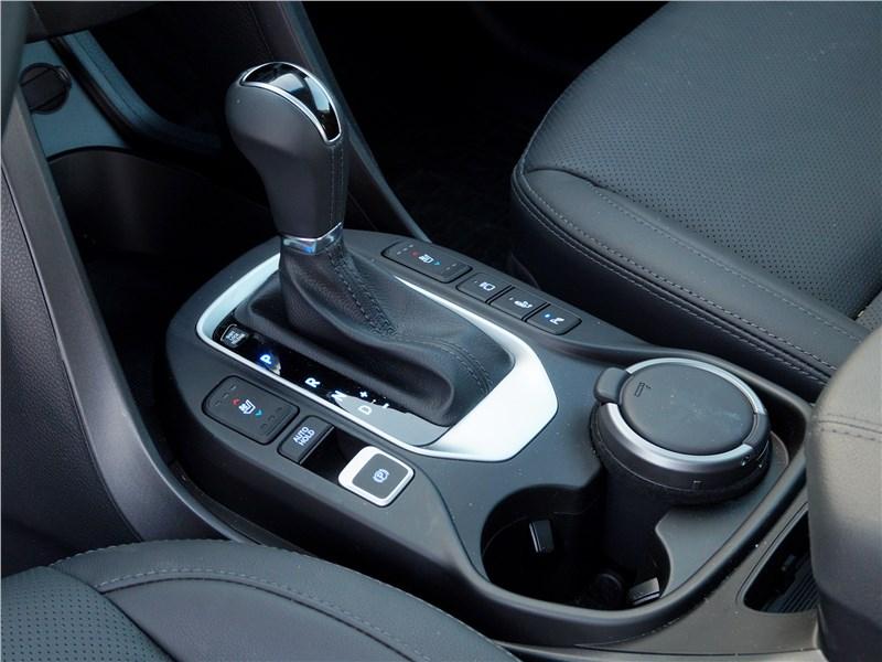 Hyundai Santa Fe 2015 АКПП