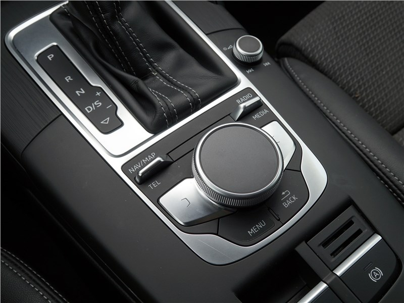 Audi A3 Sedan 2017 АКПП