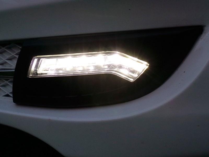 Lifan Cebrium 2014 светодиодные «уголки» в нижней части переднего бампера