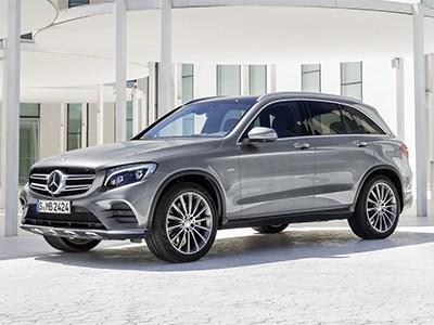 Mercedes-Benz анонсировал премьеру премиального внедорожника GLC