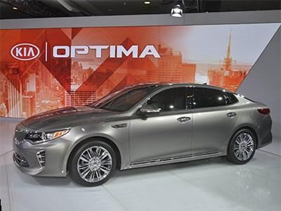 «Горячая» Kia Optima нового поколения для европейского рынка дебютирует в сентябре