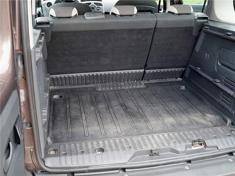 Renault Kangoo 2014 багажное отделение