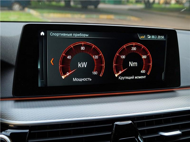 BMW 520d 2017 монитор