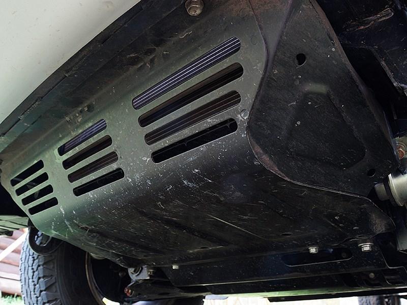 Mitsubishi L200 2015 стальная защита