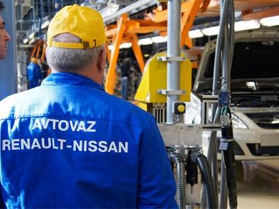 «АвтоВАЗ» приостановил производство автомобилей Renault и Nissan