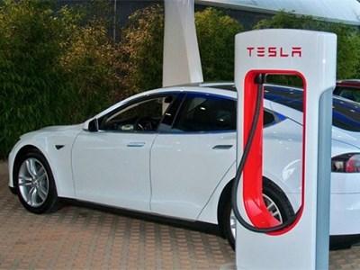 LG будет поставлять аккумуляторные батареи для Tesla Motors