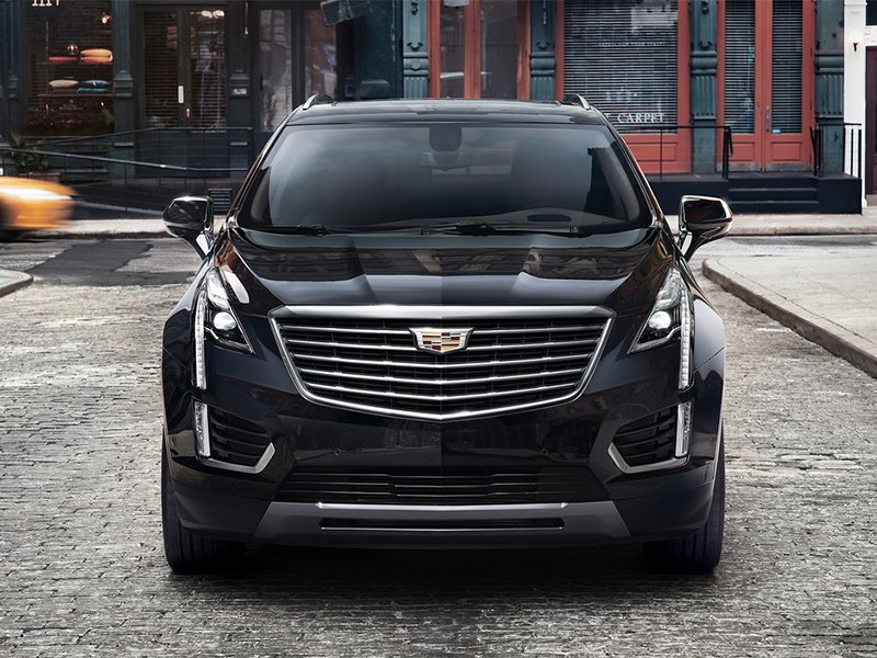 Cadillac XT5 2017 вид спереди