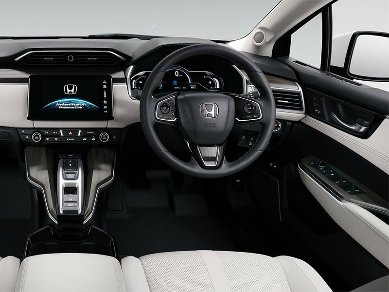 Honda Clarity Fuel Cell 2016 водительское место