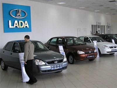 Lada установила собственный рекорд падения продаж в октябре