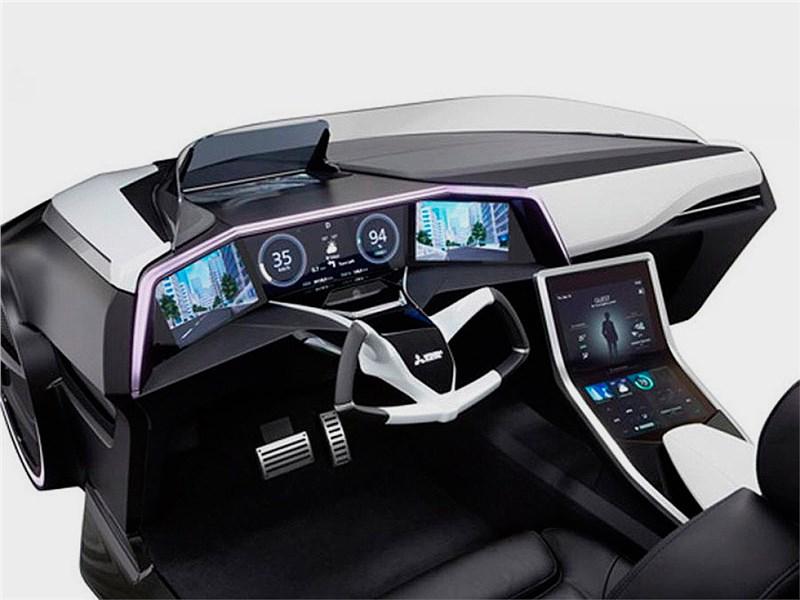 Mitsubishi Emirai 3 xDAS 2015 салон