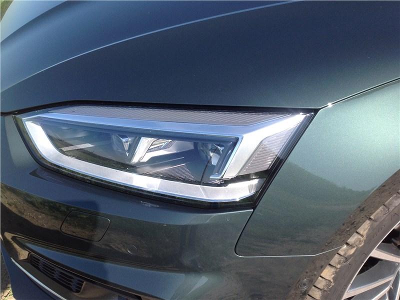 Audi A5 Coupe 2017 передняя фара