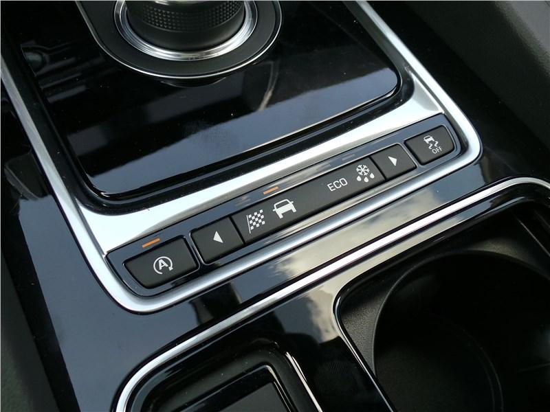 Jaguar F-Pace 2016 кнопки выбора режимов движения