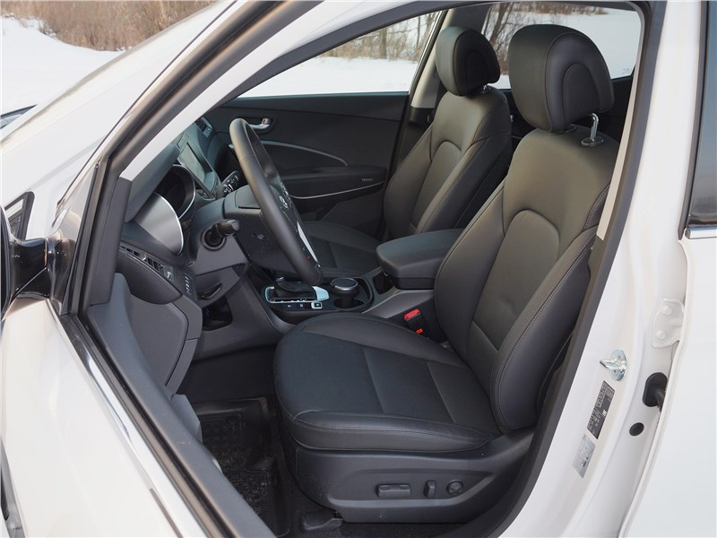 Hyundai Santa Fe 2015 передние кресла