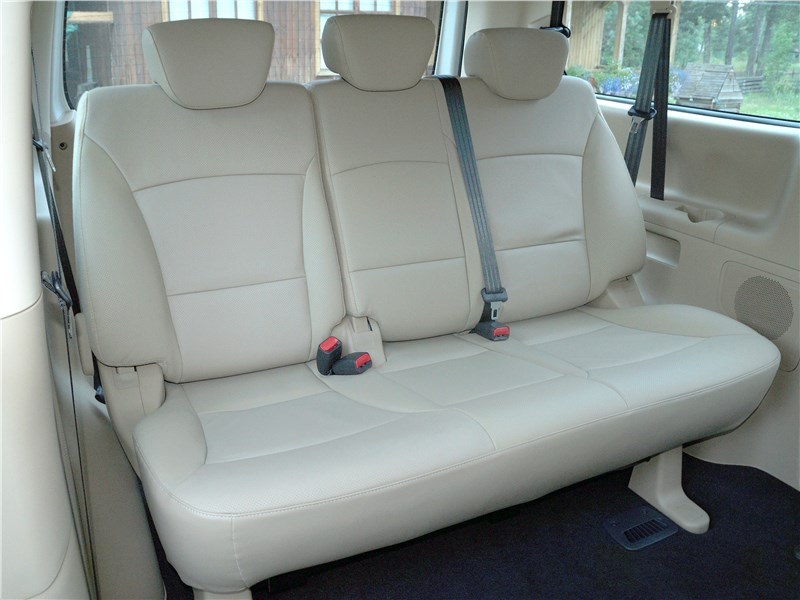 Hyundai Н-1 2018 третий ряд