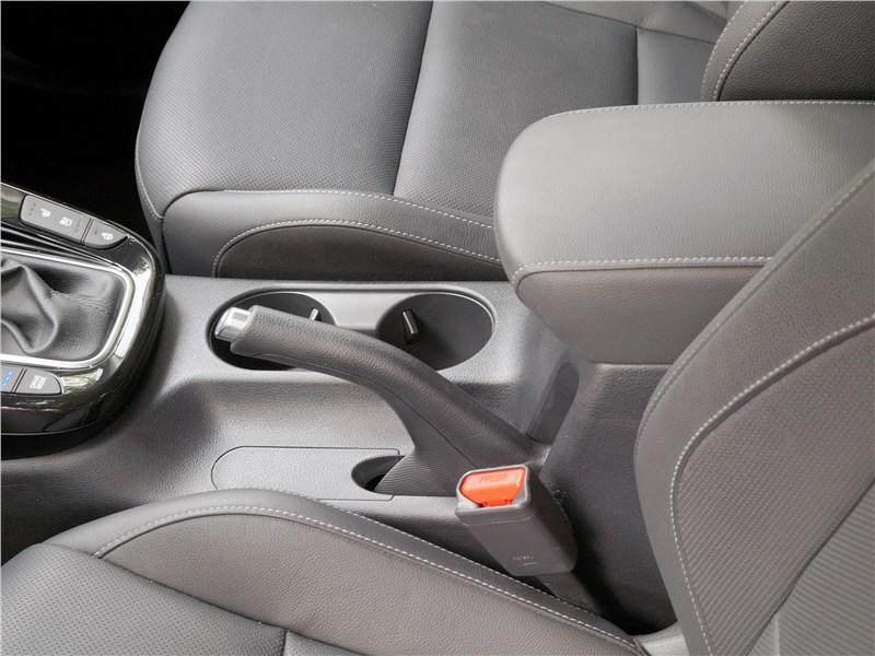 Kia Soul 2020 передние кресла