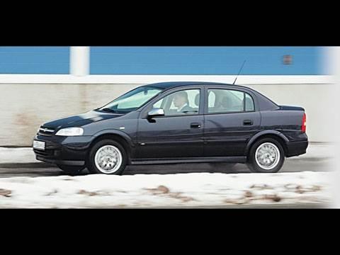 Бестселлеры рынка (Chevrolet Viva, Daewoo Nexia, Ford Focus II, Mazda 3, Mitsubishi Lancer, Nissan Almera, Renault Megane)