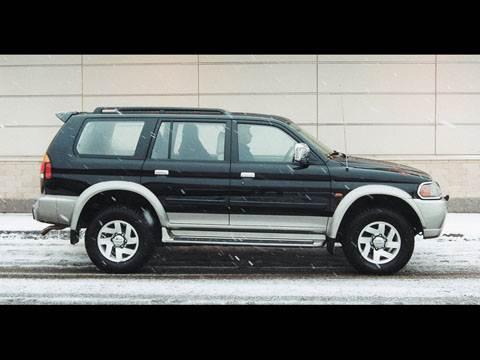 Nissan Terrano, Opel Frontera, Mitsubishi Pajero Sport, Mitsubishi Pajero