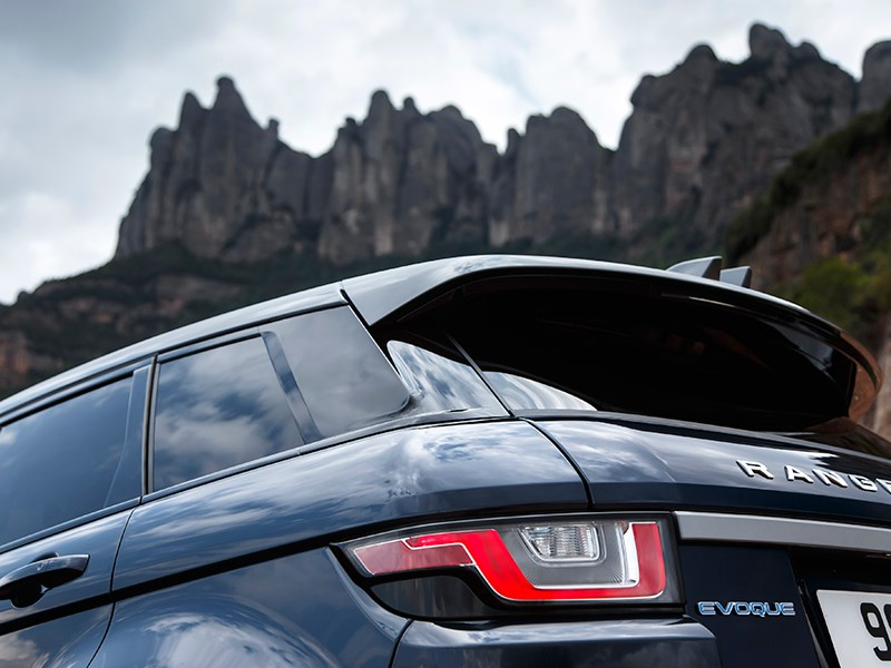 Land Rover Range Rover Evoque 2016 задний фонарь