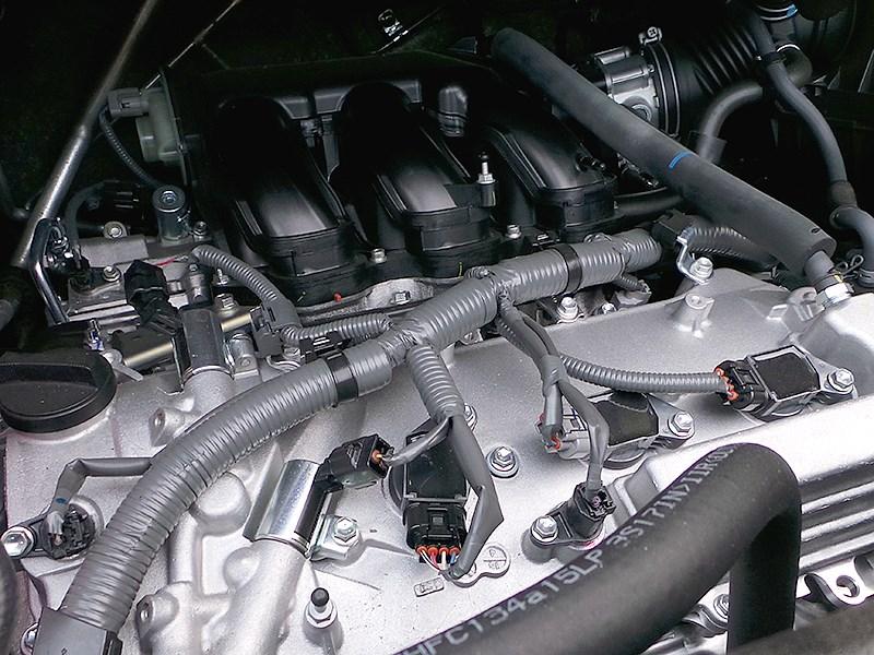Toyota Alphard 2015 двигатель