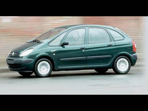 Hyundai Matrix, Citroen Xsara Picasso, Honda FR-V, Ford C-Max, Mercedes-Benz B-Class, Volkswagen Touran, Opel Zafira, Renault Scenic, Toyota Corolla