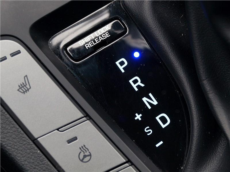Hyundai Elantra 2019 6АКПП