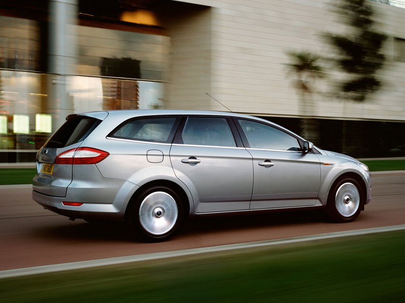 Ford Mondeo 2007 универсал фото справа сзади
