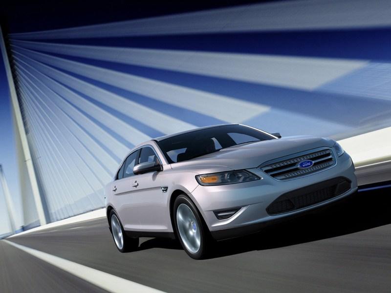 Крупные середняки (Chevrolet Alero (Oldsmobile Alero), Ford Taurus, Chrysler Sebring (Dodge Stratus)) Taurus поколение VI