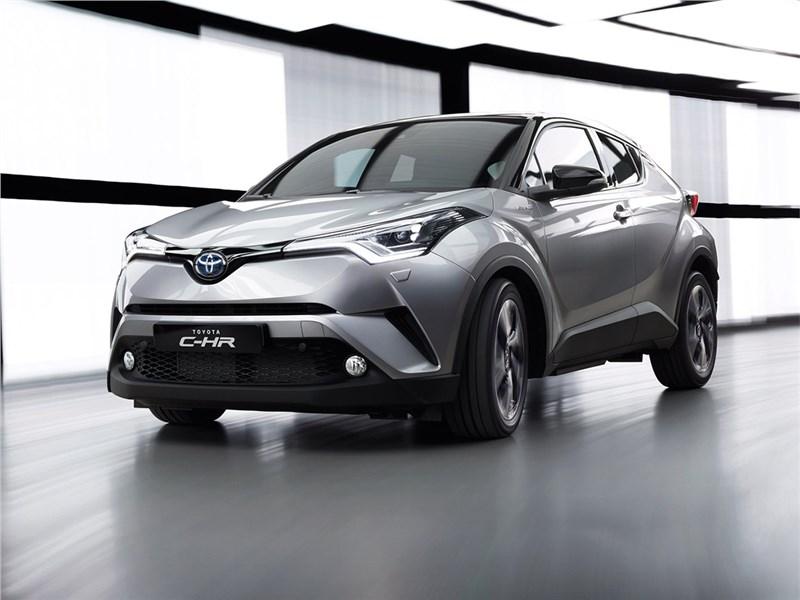 Toyota C-HR 2016 Гибридный воин