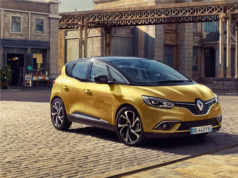 Renault Scenic 2017 вид спереди