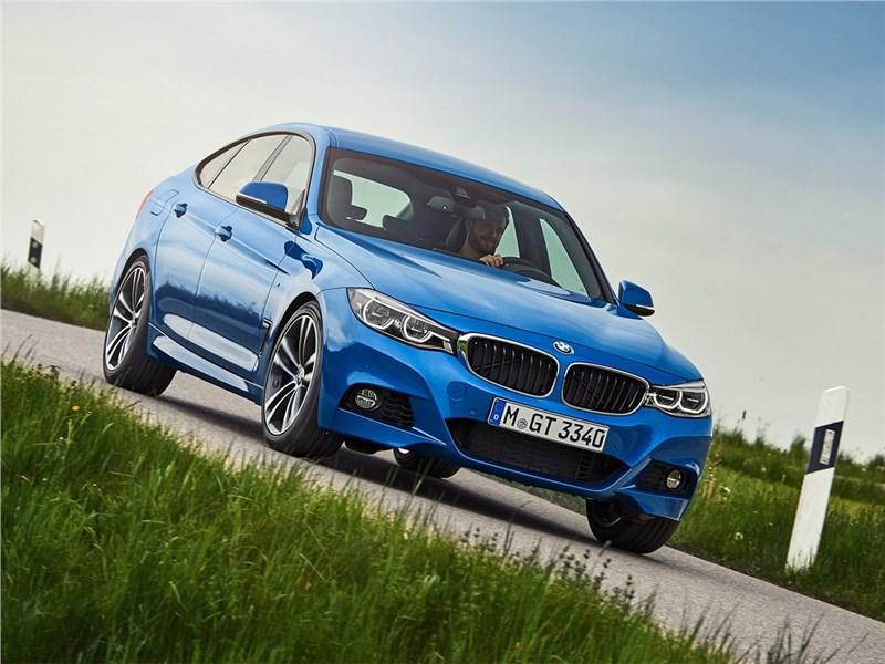 BMW 3 series GT 2017 вид спереди