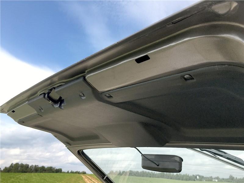 Lada 4x4 2019 дверь багажника