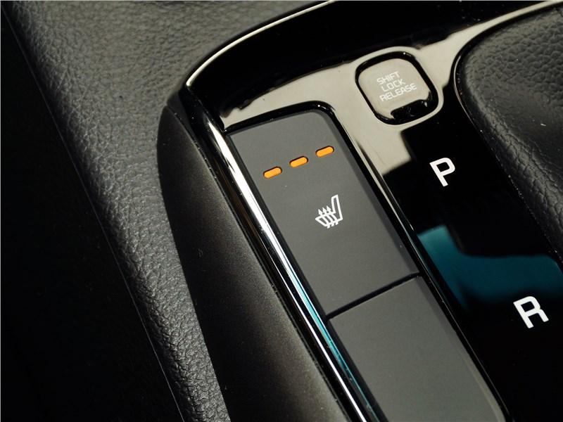 Kia Cerato 2016 подогрев передних сидений