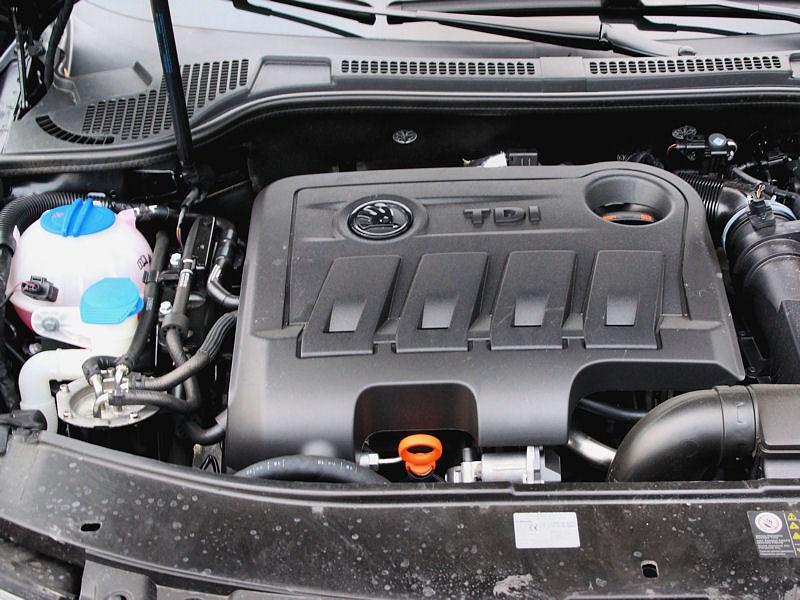 Skoda Superb Combi 2013 двигатель