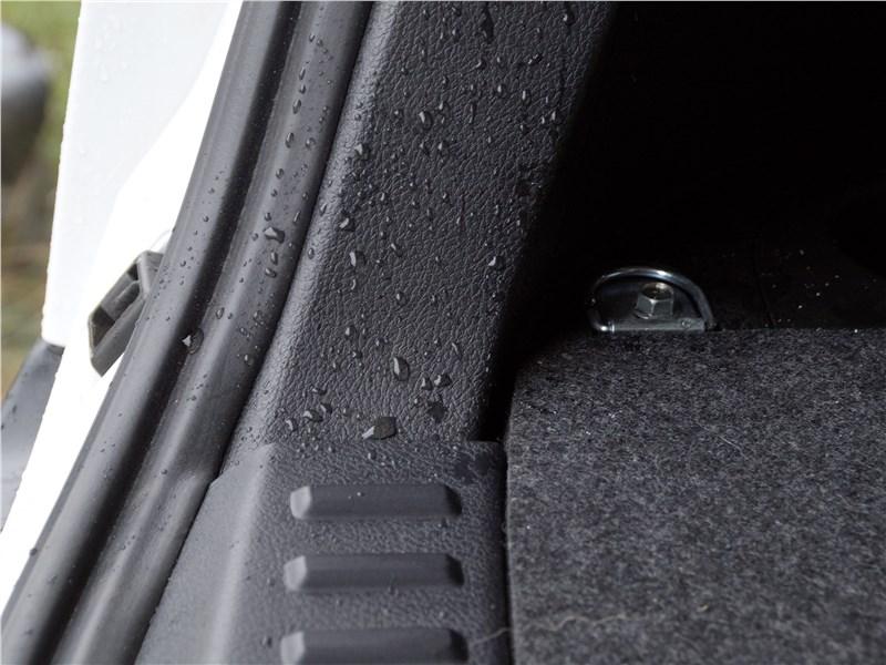 FAW Besturn X80 2018 багажное отделение