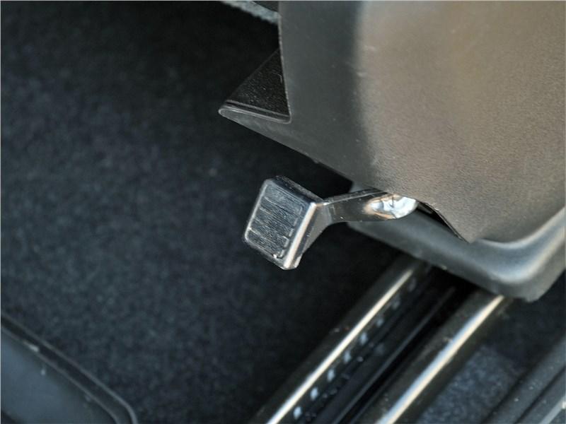 Suzuki Jimny 2019 передние кресла