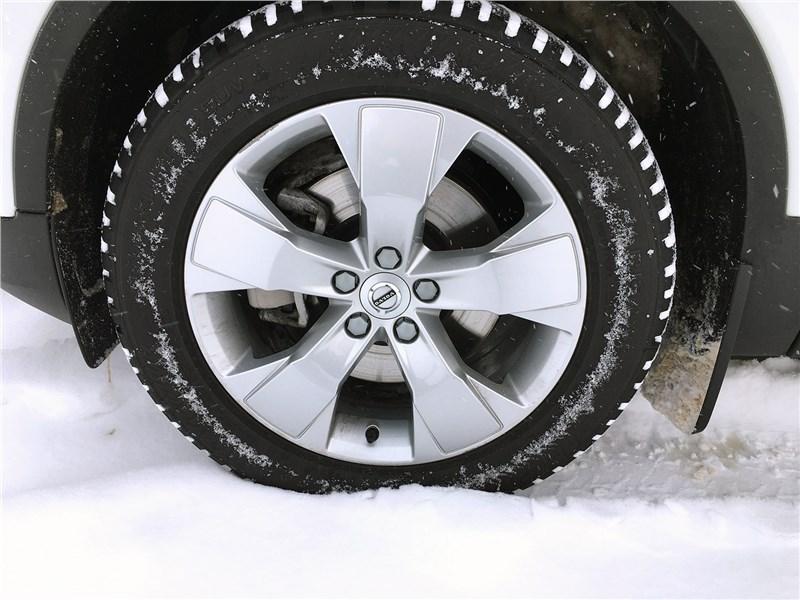 Volvo XC40 (2018) колесо