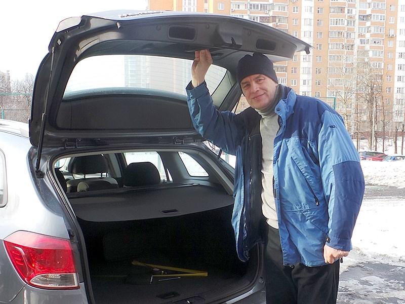 Chevrolet Cruze SW 2013 вид сзади