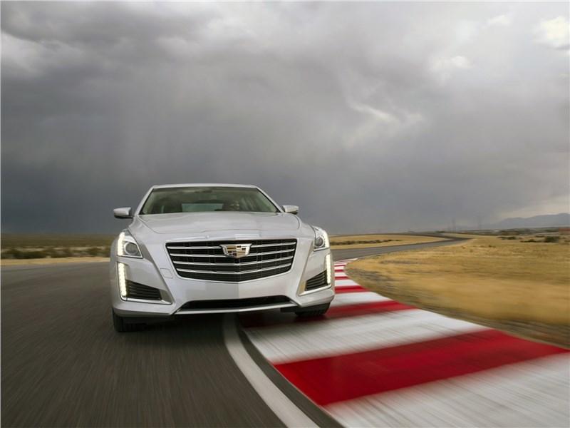 Cadillac CTS 2017 вид спереди