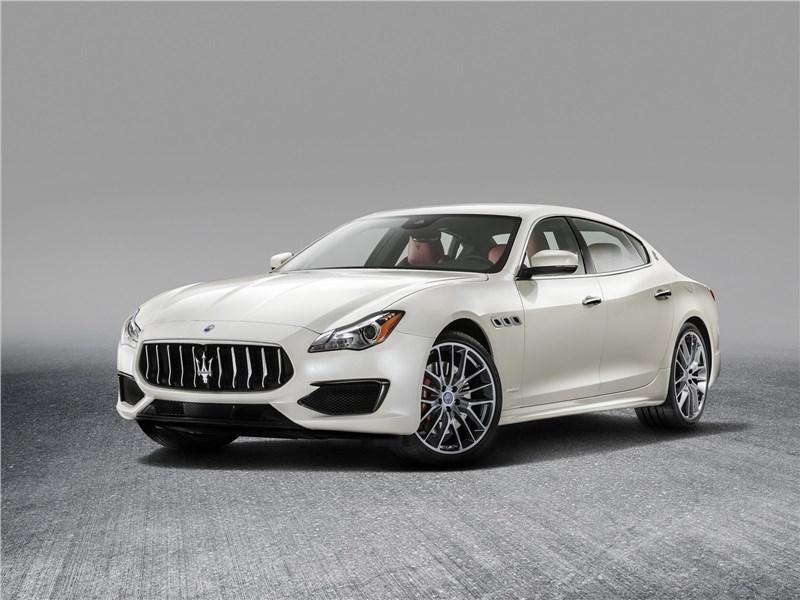 Maserati Quattroporte Gran Sport 2017 вид спереди
