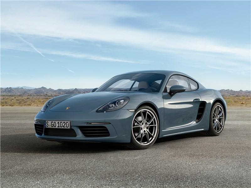 Porsche отзывают свои спотркары
