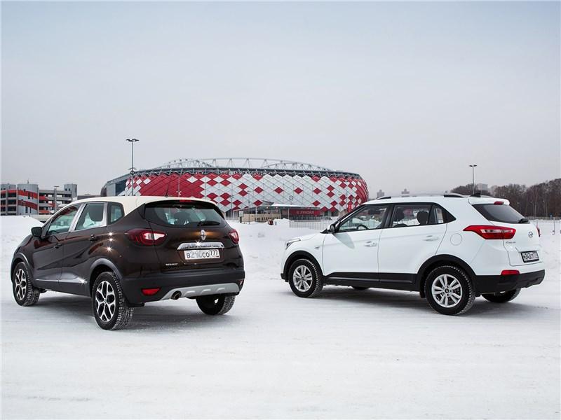 Hyundai Creta 2016 и Renault Kaptur 2016 вид сзади