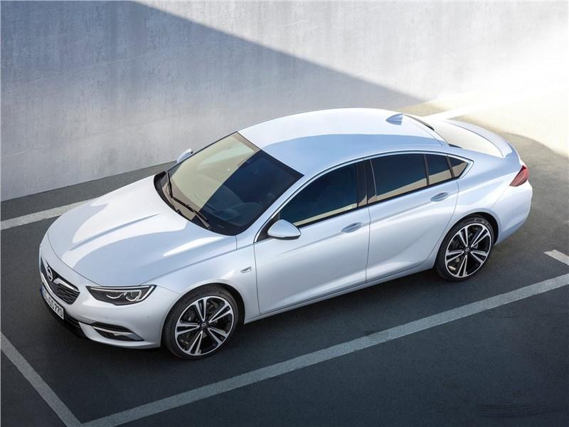 Opel Insignia Grand Sport 2017 вид сверху