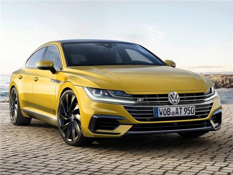 Volkswagen Arteon 2018 вид спереди
