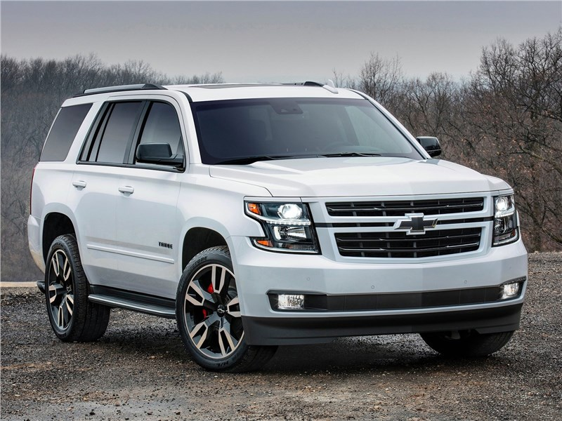 Chevrolet Tahoe RST 2018 вид спереди