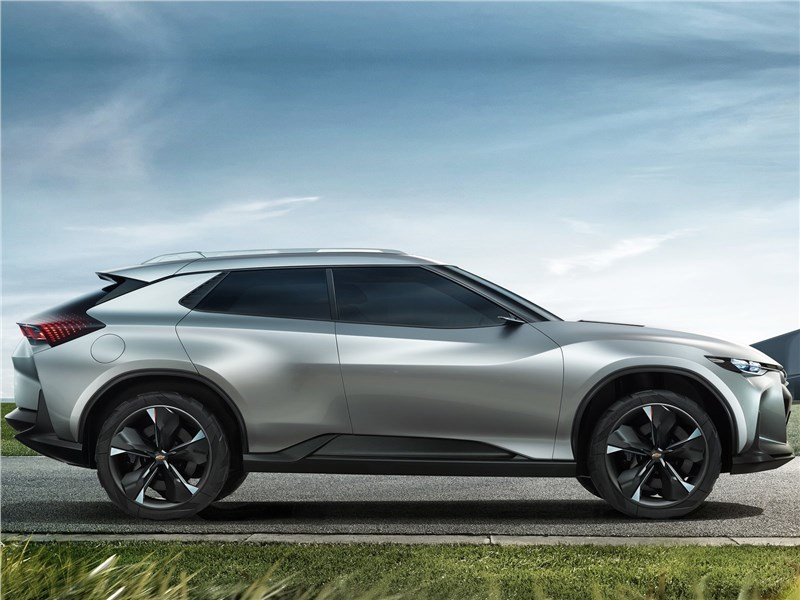 Chevrolet FNR-X Concept 2017 вид сбоку
