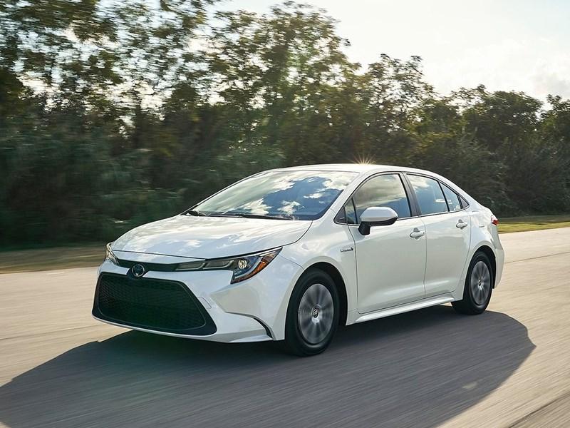 Toyota показала самую экономичную Сorolla Фото Авто Коломна