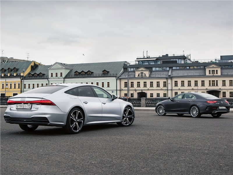 Audi A7 Sportback 55 TFSI quattro 2018 и Mercedes-Benz CLS 450 4Matic 2019 вид сзади
